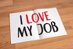 Bra Job Assistant ÄLSKAR JAG MIN JOB Businessman och affärskvinna Royaltyfri Foto