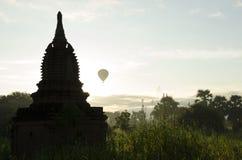 Bra morgon i Myanmar Bagan Arkivbilder