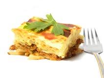 Braadpan van macaroni. Griekse pastitsio. stock afbeelding