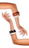 Braccia - braccialetto Immagine Stock