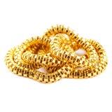 Braccialetto a catena puro della collana dell'oro solido su fondo bianco fotografia stock
