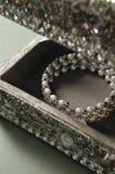 Bracelet de perle Images libres de droits