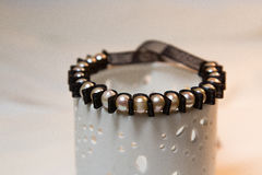 Bracelet de Tulle avec des perles Photographie stock libre de droits