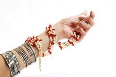 Bracelet et perles Photos stock