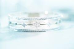 Bracelet mou coloré de diamant de tache floue Images libres de droits