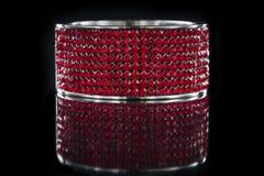Bracelet rouge étonnant Images stock