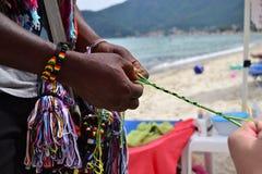 Bracelete africano da amizade - 2 Foto de Stock Royalty Free