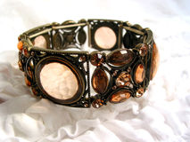 Bracelete antiquado fotografia de stock