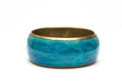 Bracelete azul isolado no branco Fotos de Stock Royalty Free