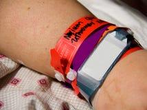 Bracelete da identificação do hospital Imagens de Stock Royalty Free