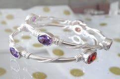 Bracelete de prata luxuoso Imagem de Stock Royalty Free