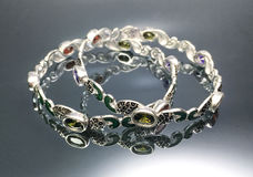 Bracelete de prata luxuoso Foto de Stock Royalty Free