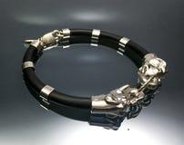 Bracelete de prata luxuoso Foto de Stock