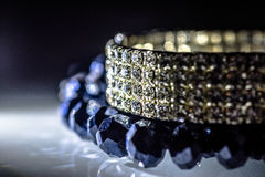 Bracelete de vidro e colar azul Fotos de Stock Royalty Free