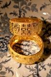 Braceletes do casamento do chinês tradicional Foto de Stock