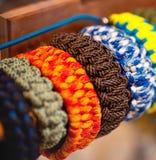 Bracelets colorés de corde Photographie stock