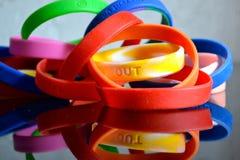 Bracelets en caoutchouc de cause Photographie stock libre de droits