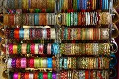Bracelets indiens du sud colorés image stock