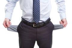 Brach und armer Geschäftsmann mit leeren Taschen Stockfoto