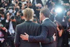 Brad Pitt y Leonardo DiCaprio imagen de archivo libre de regalías