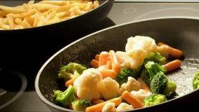 Bradende groenten stock videobeelden