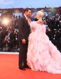 Bradley Cooper L e signora Gaga fotografie stock