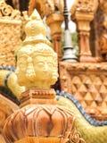 Brahma雕塑  在寺庙的墙壁上,泰国 免版税图库摄影