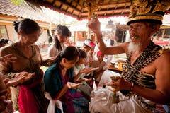 Brahmin durante le cerimonie indù Fotografie Stock Libere da Diritti