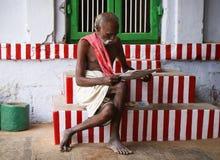 Brahmin in un'attrezzatura tradizionale Immagine Stock Libera da Diritti