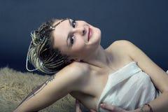 braids model trevligt för emo Fotografering för Bildbyråer