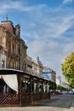 Braila, Roemenië - Oktober 27, 2017: Oud communistisch hotel Pescarus Stock Afbeelding