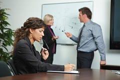 brainstoming biznesowego biura ludzie Fotografia Royalty Free