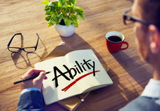 'brainstorming' επιχειρηματιών για την έννοια δυνατότητας στοκ φωτογραφία