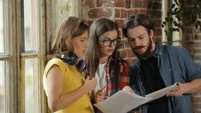 'brainstorming' στην ομάδα απόθεμα βίντεο