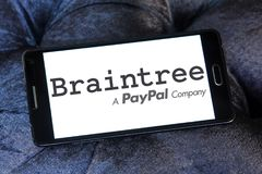 Braintree payment company logo. Logo of Braintree payment company on samsung mobile. Braintree, a division of PayPal, is a company based in Chicago that Stock Photos
