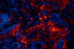Braises de combustion lente comme fond photo stock