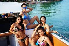 Brakuje Ponadnarodowego Tajlandia 2017, Campingową wycieczkę i krótkopędu bikini, Fotografia Royalty Free