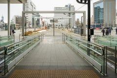 Brama tramwaj w Toyama staci w Japonia Zdjęcie Stock