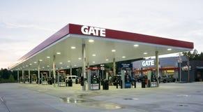 Bramy Benzynowa stacja Zdjęcie Royalty Free