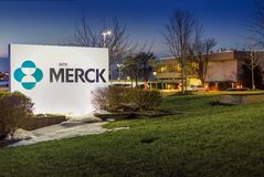 Branchburg, New Jersey, de V.S.: De Bouw van Merck MSD in Branchburg, New Jersey De bouw met bureaus stock afbeelding