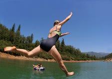 Brancher dans le lac photos libres de droits