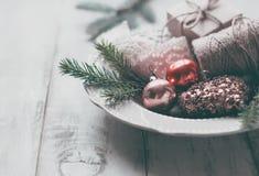Branches de sapin et jouet de Noël Photo libre de droits