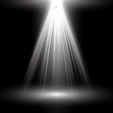 Branco claro do projetor Molde para o efeito da luz no fundo preto Ilustração do vetor Imagens de Stock Royalty Free