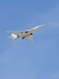 Branco do avião militar Tu-160 Imagens de Stock