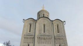 Branco ortodoxo velho catedral apedrejada video estoque