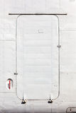 Branco velho porta de aviões pintada Foto de Stock Royalty Free