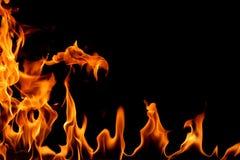 Brand die op een zwarte achtergrond wordt geïsoleerde Royalty-vrije Stock Afbeeldingen
