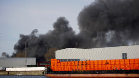 Brand in een haven Stock Foto