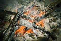 Brand en hout Stock Afbeelding