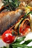 In brand gestoken vissen en zeevruchten Royalty-vrije Stock Foto